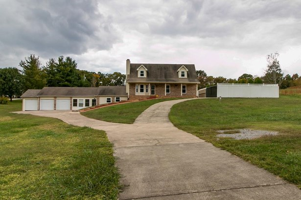 Residential/Single Family - Woodlawn, TN (photo 1)