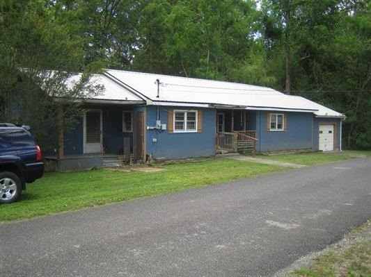 Residential/Single Family - Cosby, TN (photo 3)