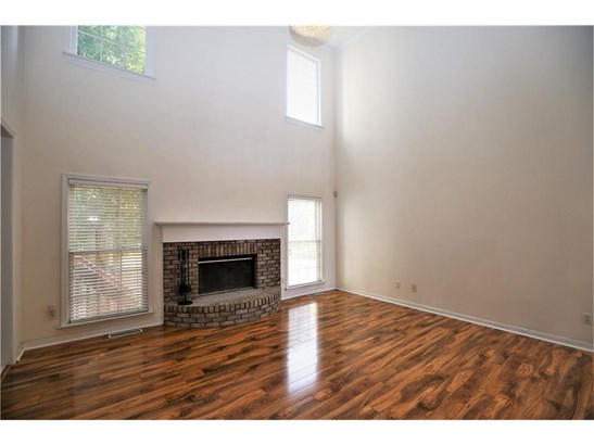Residential/Single Family - Lilburn, GA (photo 3)