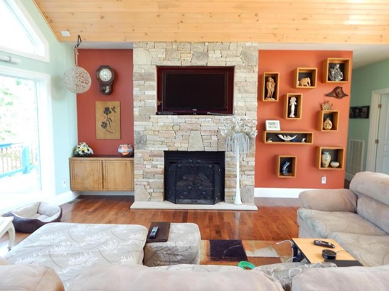 Residential/Single Family - Deer Lodge, TN (photo 3)