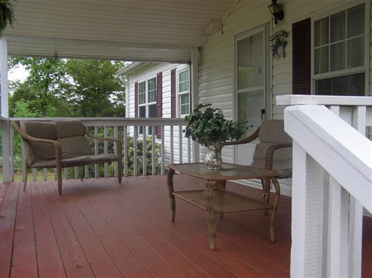 Residential/Single Family - Michie, TN (photo 2)