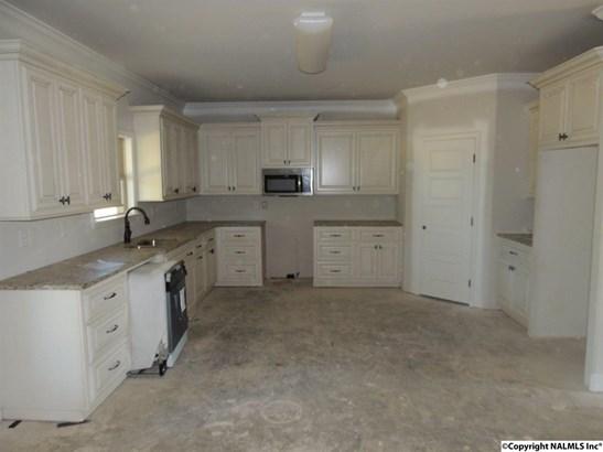 Residential/Single Family - HARVEST, AL (photo 5)