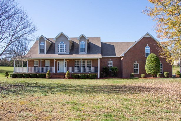 Residential/Single Family - Goodlettsville, TN (photo 1)