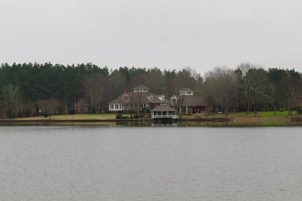 Residential/Single Family - Aberdeen, MS (photo 1)