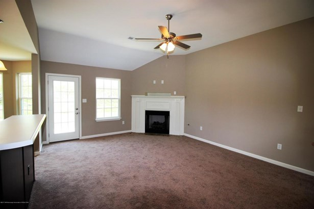 Residential/Single Family - Tunica, MS (photo 3)