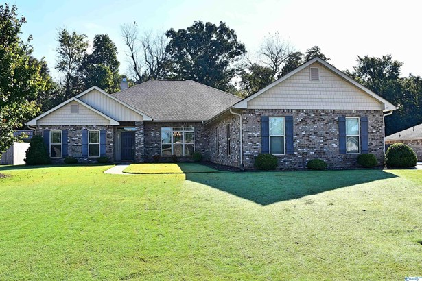 Residential/Single Family - New Market, AL