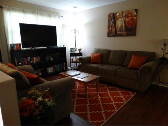 Residential/Single Family - Bluff City, TN (photo 4)