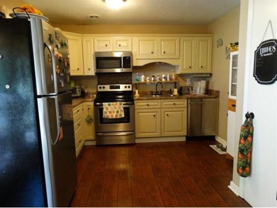 Residential/Single Family - Bluff City, TN (photo 5)