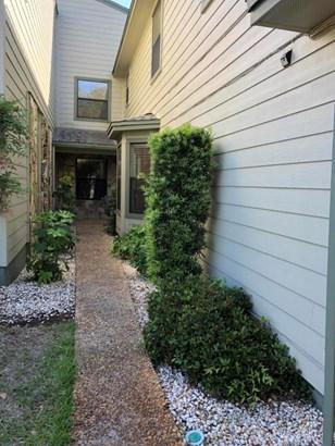 Residential/Single Family - Fort Walton Beach, FL (photo 2)
