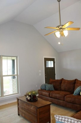 Residential/Single Family - Sumrall, MS (photo 4)