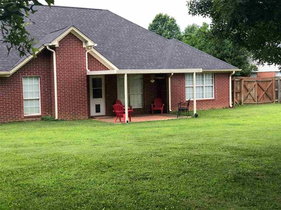 Residential/Single Family - Jackson, TN (photo 2)