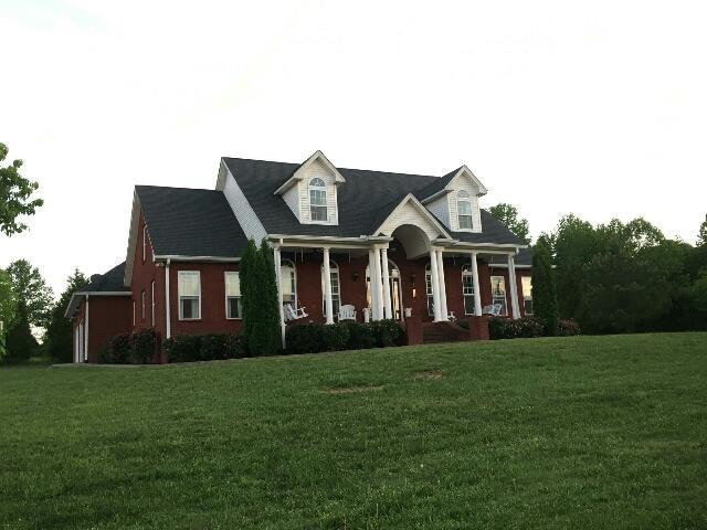 Residential/Single Family - Bethpage, TN (photo 1)