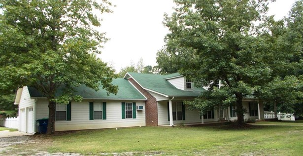 Residential/Single Family - Mount Pleasant, MS (photo 1)