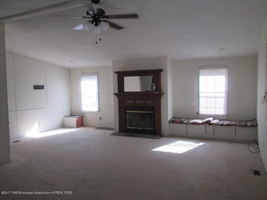 Residential/Single Family - Byhalia, MS (photo 4)