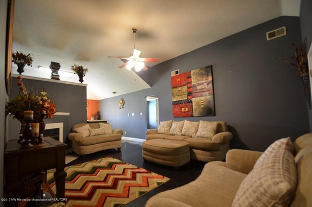 Residential/Single Family - Walls, MS (photo 5)