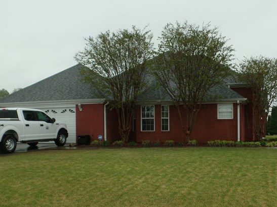 Residential/Single Family - Muscle Shoals, AL (photo 2)
