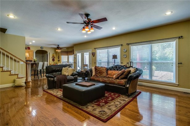 Residential/Single Family - Bentonville, AR (photo 4)