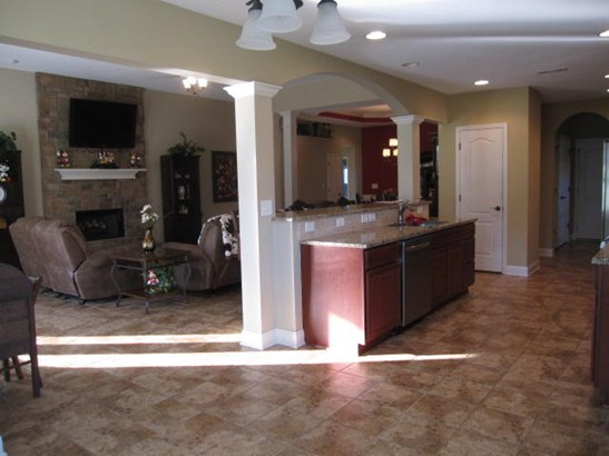 Residential/Single Family - Lenoir City, TN (photo 3)