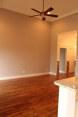 Residential/Single Family - Manchester, TN (photo 4)