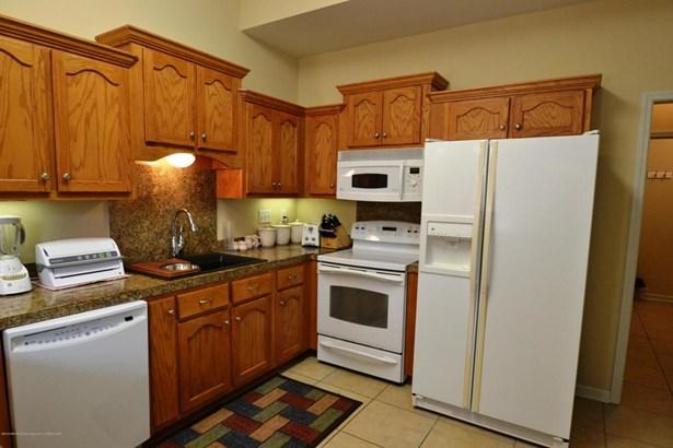 Residential/Single Family - Hernando, MS (photo 2)