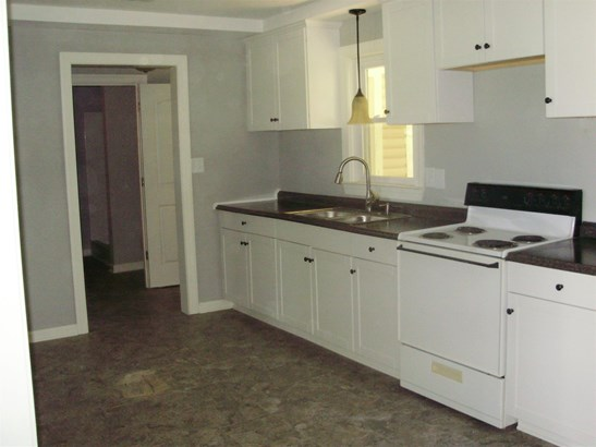 Residential/Single Family - Leoma, TN (photo 4)