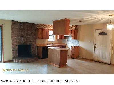 Residential/Single Family - Batesville, MS (photo 2)