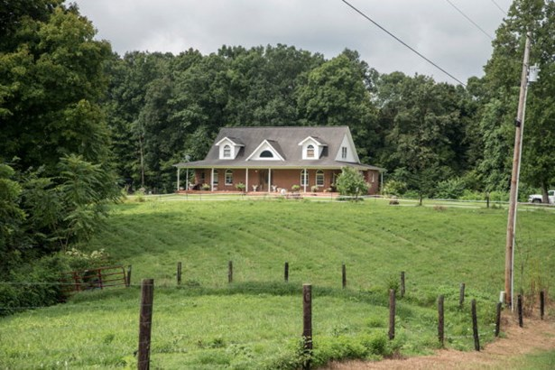 Residential/Single Family - Celina, TN (photo 4)