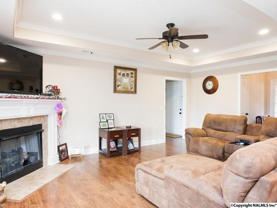 Residential/Single Family - NEW HOPE, AL (photo 5)