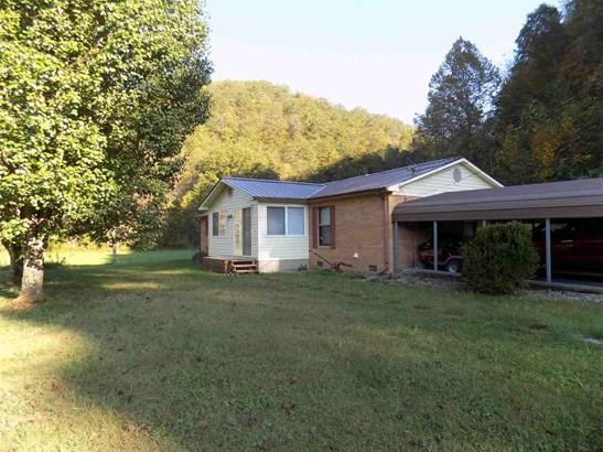Residential/Single Family - Sneedville, TN (photo 2)