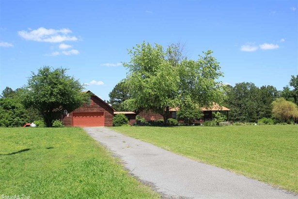 Residential/Single Family - Bigelow, AR (photo 3)