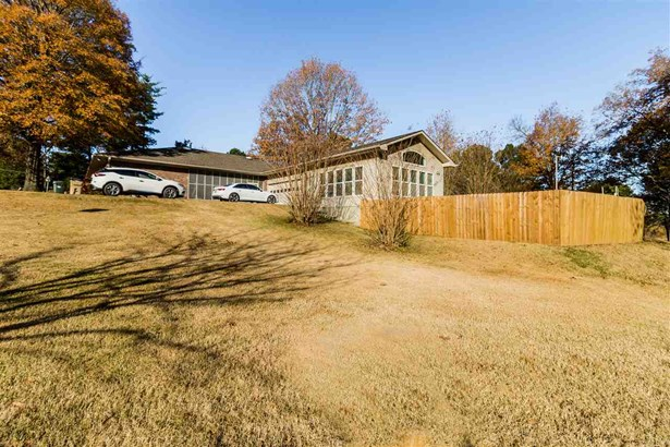 Residential/Single Family - Hickory Withe, TN (photo 5)