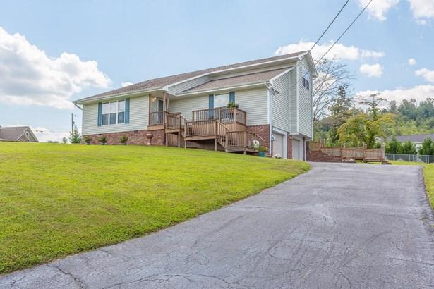 Residential/Single Family - Harrison, TN (photo 5)