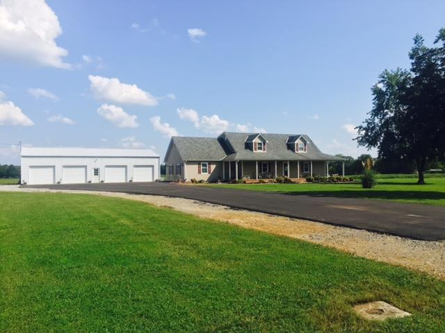 Residential/Single Family - Bell Buckle, TN (photo 2)