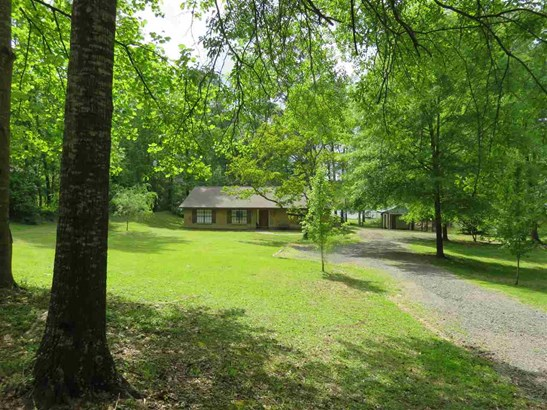 Residential/Single Family - Florence, MS (photo 2)