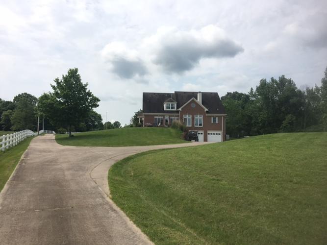Residential/Single Family - Woodlawn, TN (photo 2)