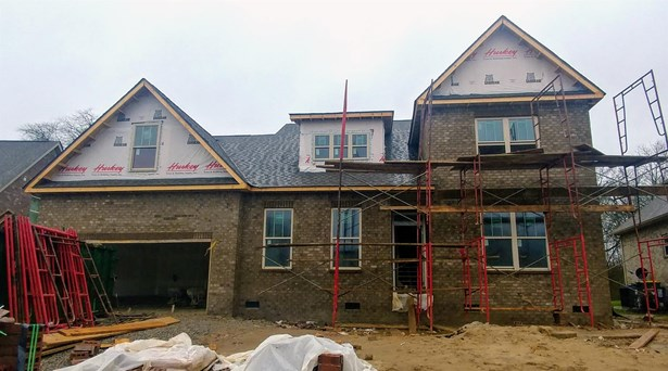 Residential/Single Family - Spring Hill, TN (photo 1)