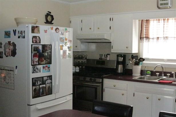 Residential/Single Family - Tyronza, AR (photo 4)