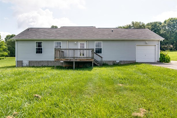 Residential/Single Family - Chapmansboro, TN (photo 2)