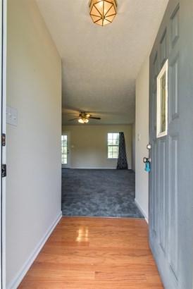 Residential/Single Family - Chapmansboro, TN (photo 4)