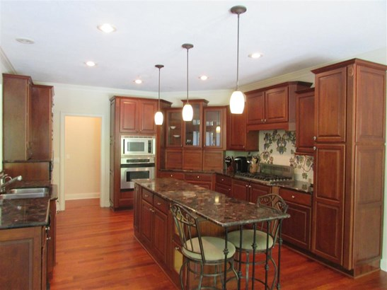 Residential/Single Family - Medon, TN (photo 5)