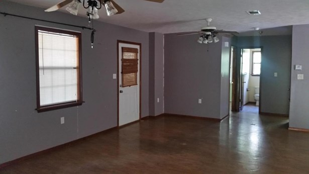 Residential/Single Family - Sumrall, MS (photo 3)
