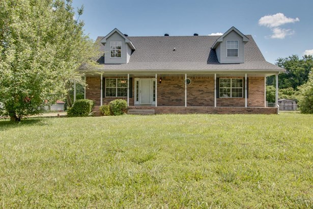 Residential/Single Family - Southside, TN (photo 1)