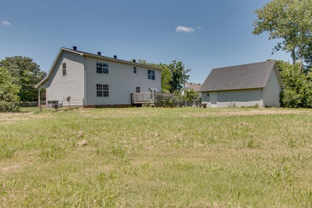 Residential/Single Family - Southside, TN (photo 2)