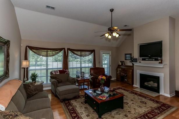 Residential/Single Family - Lake Cormorant, MS (photo 3)