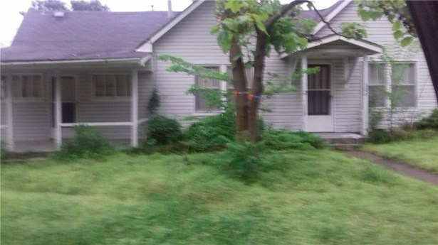 Residential/Single Family - Gravette, AR (photo 4)