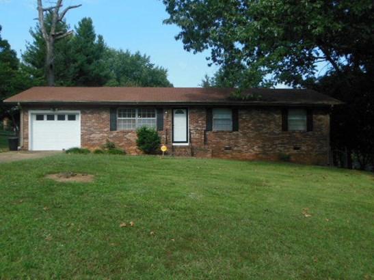Residential/Single Family - Rossville, GA (photo 1)