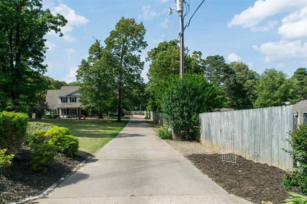Residential/Single Family - Jonesboro, AR (photo 4)
