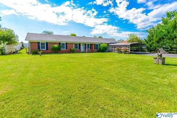 Single Family Residence - Hazel Green, AL