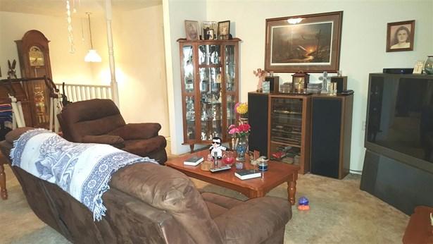 Residential/Single Family - Parsons, TN (photo 5)