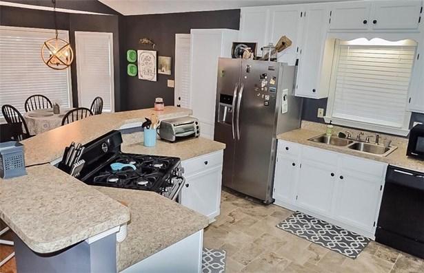 Residential/Single Family - Douglasville, GA (photo 3)